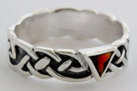 Ring Celtic Rote Pyramide Silber